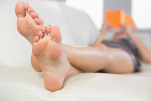 Домашние средства для предотвращения неприятного запаха стоп