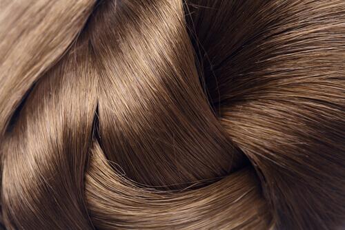 Четыре природных средства для укрепления волос