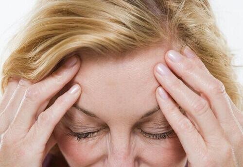 Как уменьшить симптомы менопаузы естественным путем