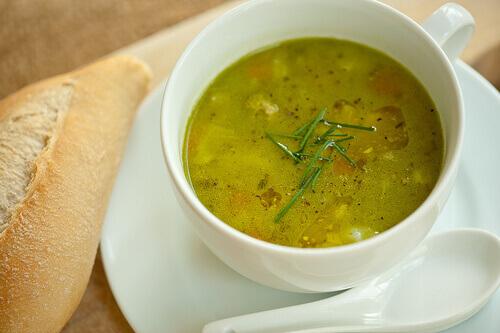 Избавляемся от токсинов за одну неделю с помощью соков и супов