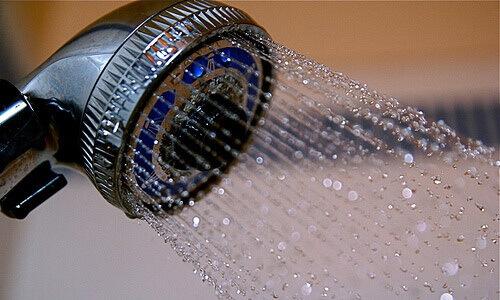Холодный душ: десять полезных для здоровья свойств