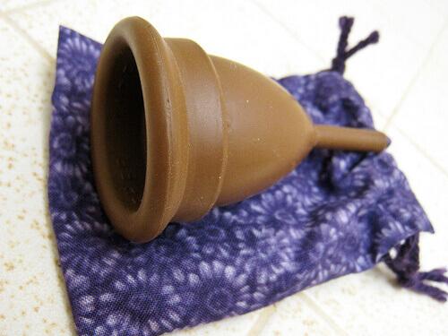 Менструальная чаша - альтернатива тампонам