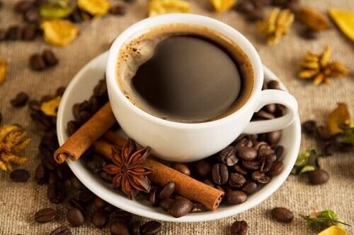 Преимущества потребления кофе за завтраком