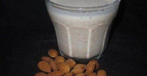 Полезные свойства миндального молока