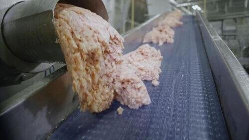 Из чего сделаны куриные наггетсы?