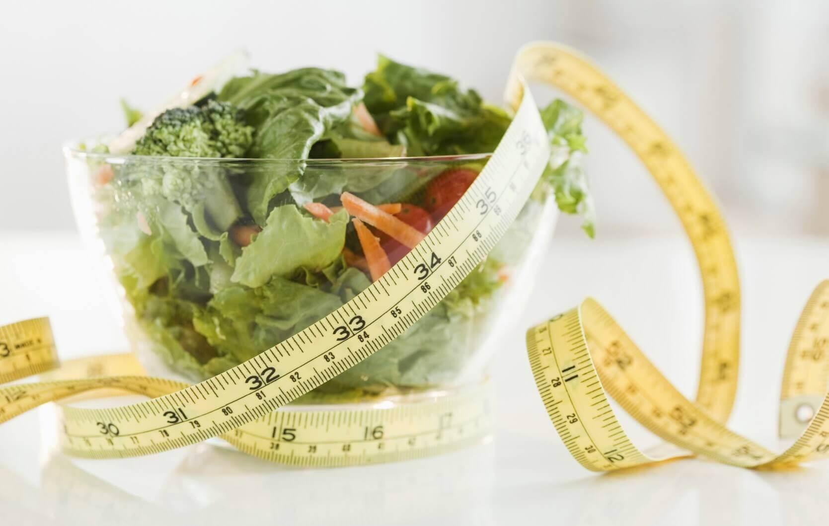Салаты для похудения: хитрости и рецепты