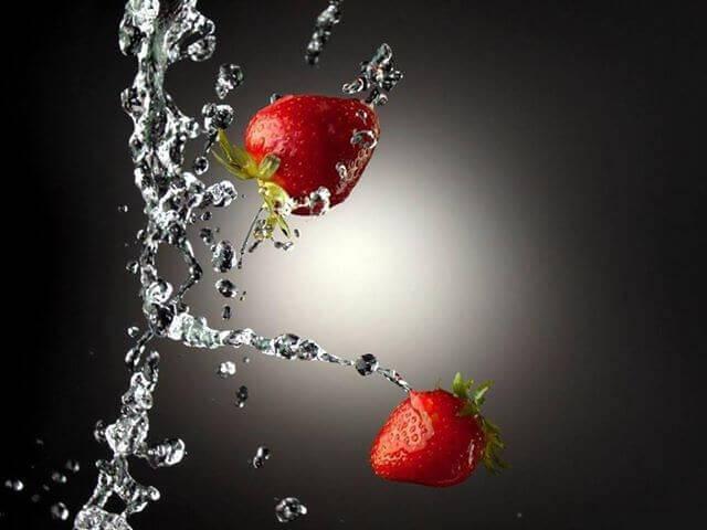 Клубничная вода для выведения токсинов из организма